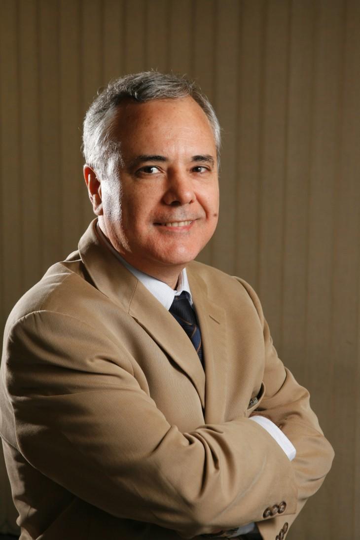 Antonio Carlosde Moura