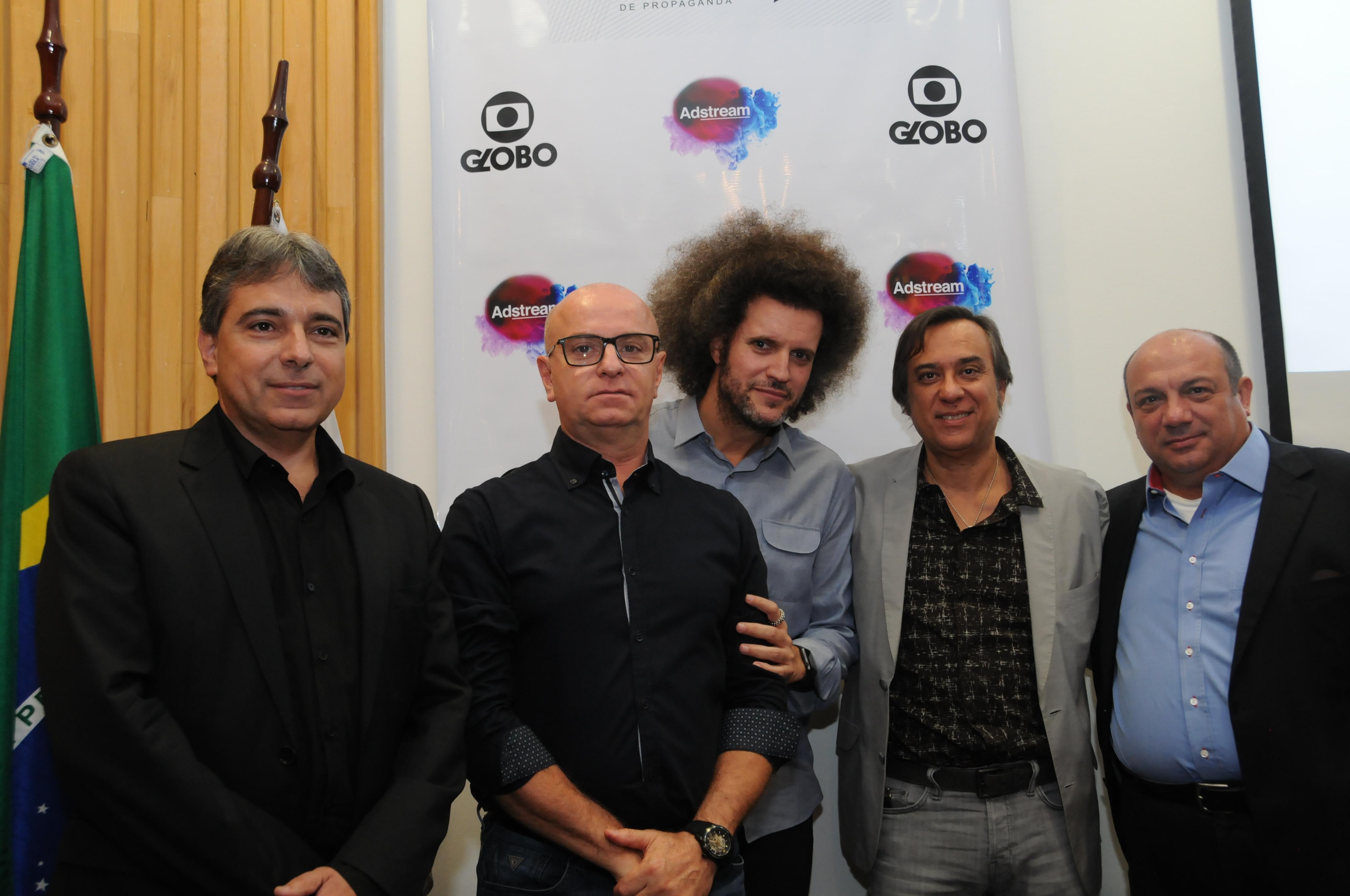 Renato Pereira (TV Globo/APP), Mario D'Andrea (Dentsu), Hugo Rodrigues (Publicis), Alexandre Gama (Neogama) e Ênio Vergeiro (Presidente da APP).