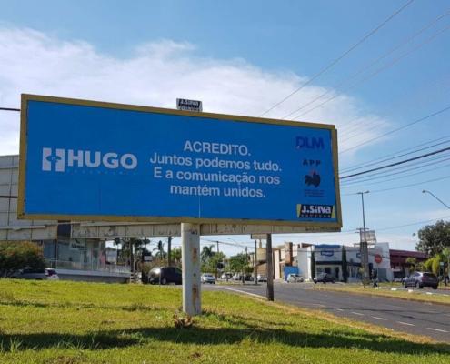 Campanha de outdoor transmite mensagem de confiança e união em Rio Preto.